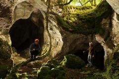 Grotte de roche percée